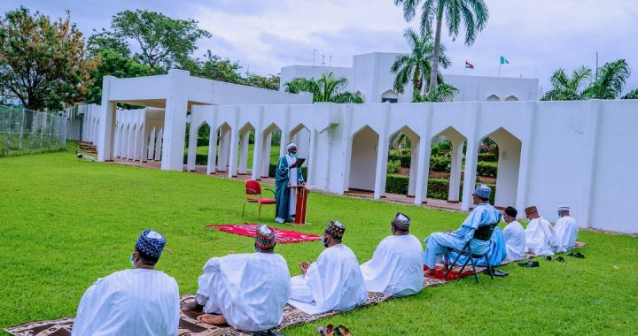 Buhari observes Eid prayers with family members